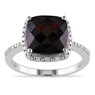 Miadora Sterling Silver Garnet and 1/10ct TDW Diamond Ring (G-H, I1-I2)
