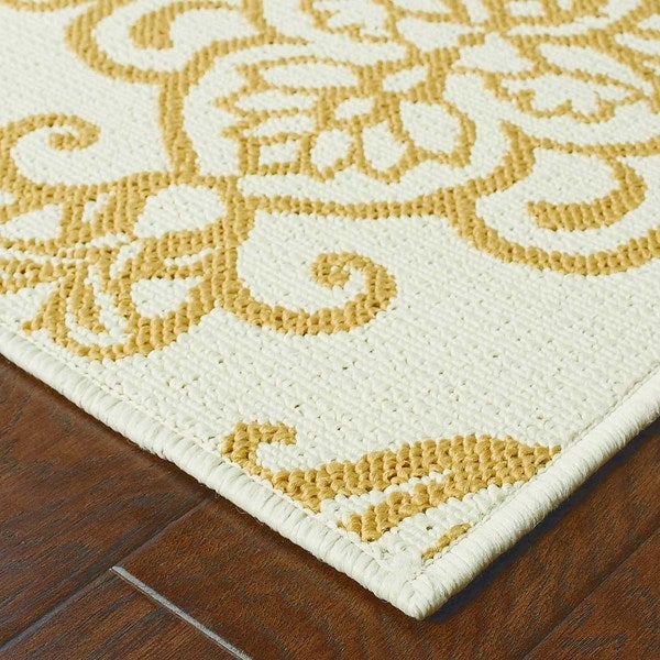 StyleHaven Floral Ivory/Gold Indoor-Outdoor Area Rug
