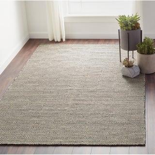 nuLOOM Handmade Concentric Diamond Trellis Wool/Cotton Rug (4 options available)