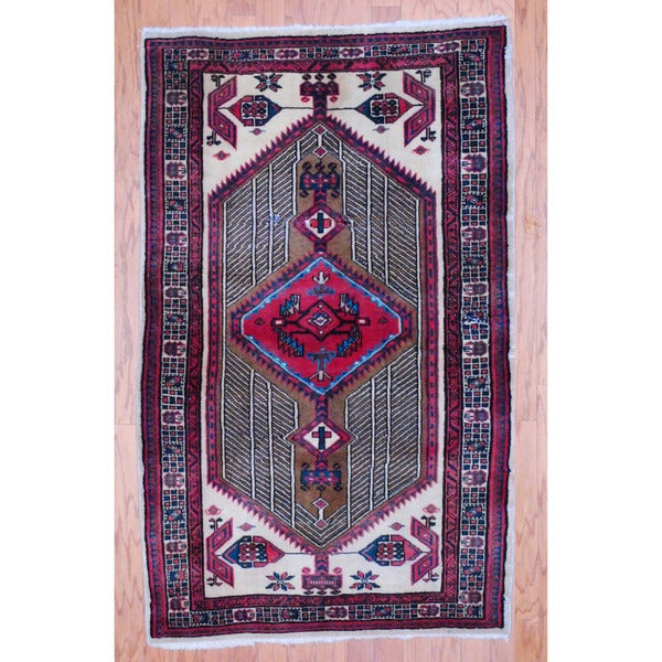 Persian Hand-knotted Tribal Hamadan Beige/ Red Wool Rug (3'3 x 5'3)