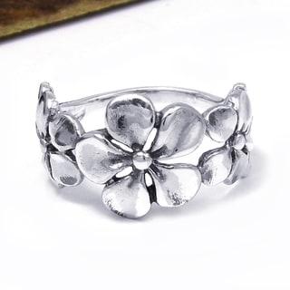 Handmade Hawaiian Style Triple Flower .925 Sterling Silver Ring (Thailand)