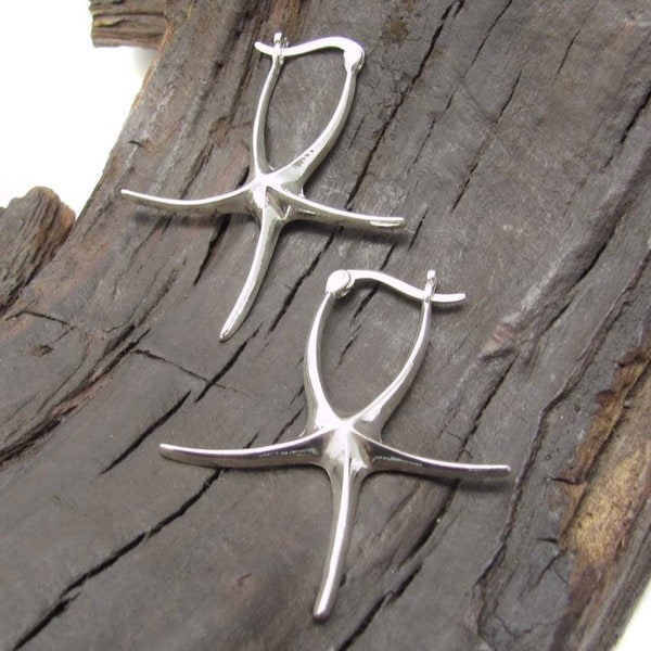 Handmade Mystique Wavy Starfish Sterling Silver Earrings (Thailand)