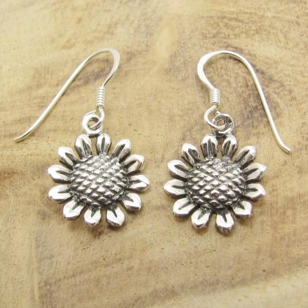 Handmade Charming Sunflower Sterling Silver Dangle Earrings (Thailand)