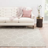 Lark Handmade Trellis Light Gray/ White Area Rug - 5' x 8'