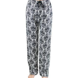 Leisureland Women's White/ Black Damask Flannel Lounge Pants|https://ak1.ostkcdn.com/images/products/7524438/7524438/Leisureland-Womens-White-Black-Damask-Flannel-Lounge-Pants-P14961866.jpeg?impolicy=medium