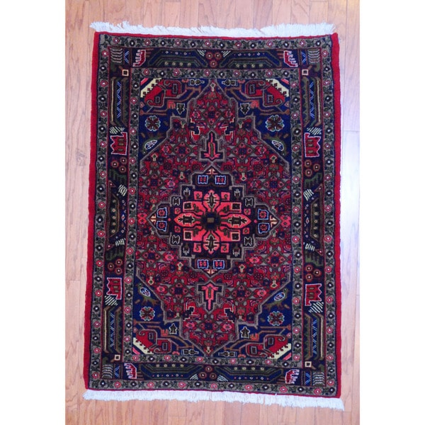 Persian Hand-knotted Tribal Hamadan Red/ Navy Wool Rug (3'5 x 4'10)