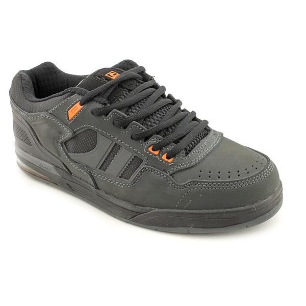 Globe Men's 'Viper' Leather Athletic Shoe