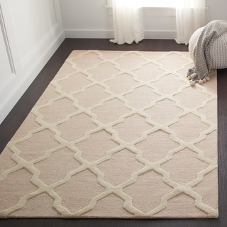 Safavieh Handmade Cambridge Moroccan Light Pink and Ivory Wool Rug