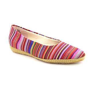 Beacon Women's 'Phoenix' Basic Textile Casual Shoes - Wide (Size 8.5)