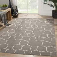Handmade Tribal Gray/ Silver Area Rug (5' X 8') - 5' x 8'