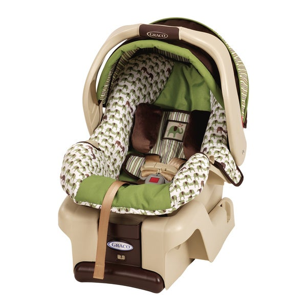Graco SnugRide 30 Infant Car Seat in Pippin