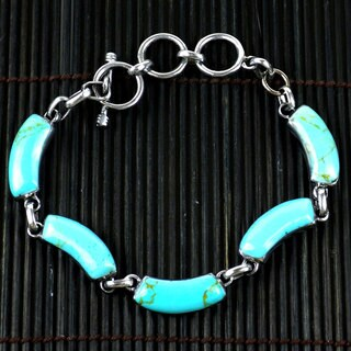 Handmade Mexican Alpaca Silver and Turquoise Curve Bracelet (Mexico)|https://ak1.ostkcdn.com/images/products/7539161/7539161/Handcrafted-Mexican-Alpaca-Silver-and-Turquoise-Curve-Bracelet-Mexico-P14974230.jpeg?_ostk_perf_=percv&impolicy=medium