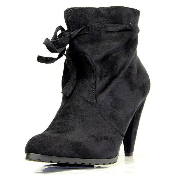Stanzino Women's Black Faux Suede Ankle Booties