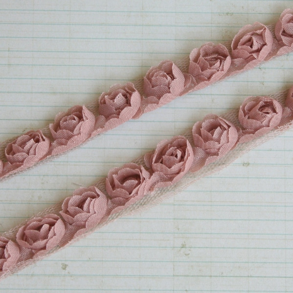 "Organza Rose Trim .5"" Wide 15 Yard Roll-Sand"