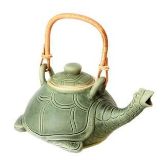 Handcrafted Ceramic 'Lingering Turtle' Teapot (Indonesia)