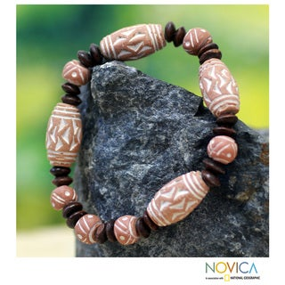 Handcrafted Ceramic and Sese Wood 'Akan Beauty' Bracelet (Ghana)