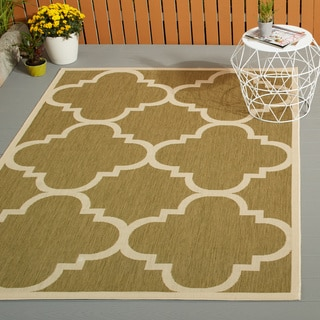 Safavieh Courtyard Quatrefoil Green/ Beige Indoor/ Outdoor Rug