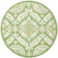 Safavieh Hand-hooked Chelsea Heritage Green Wool Rug - 3' x 3' round