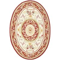 "Safavieh Hand-hooked Aubusson Ivory/ Burgundy Wool Rug - 4'-6"" X 6'-6"" Oval"