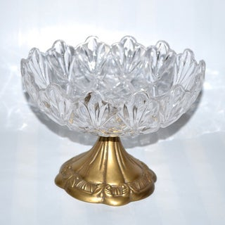 Threestar Clear Crystal/Goldtone Round Serving Dish (5.5 x 8 inches)