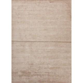Hand-loomed Solid Gold/ Yellow Wool/ Silk Rug (9' x 12')