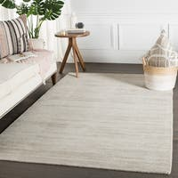 Phase Handmade Solid Light Gray Area Rug - 5' x 8'