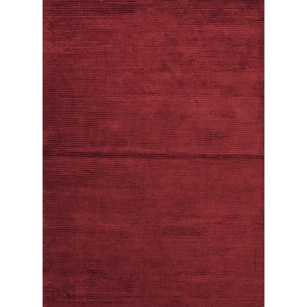 Hand-Loomed Solid Medium Red Wool/ Silk Rug (5' x 8')