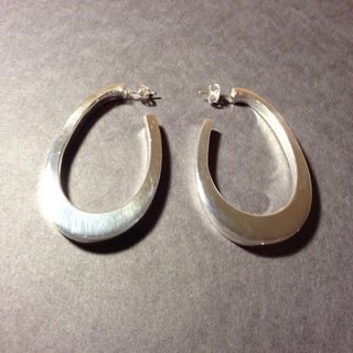 Handmade Silvertone Large Teardrop Post Earrings (Mexico)