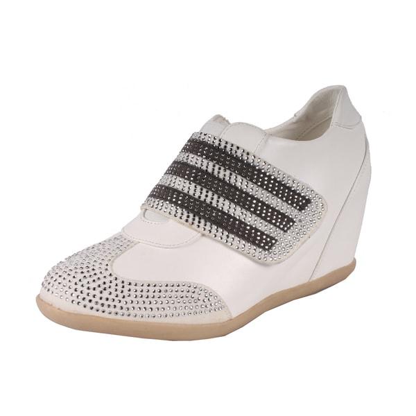 Liliana by Beston Women's 'Kris' White Hidden Wedge Sneakers