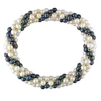 Miadora White and Black Cultured Freshwater Pearl Stretch Bracelet (4-5 mm)
