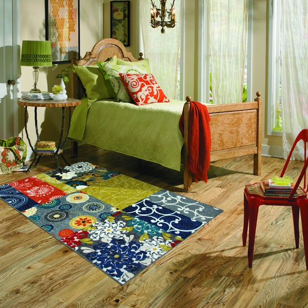 Mohawk Home New Wave Secret Garden Rug