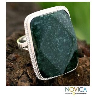 Sterling Silver 'Ya'ax Chich Princess' Jade Ring (Guatemala)