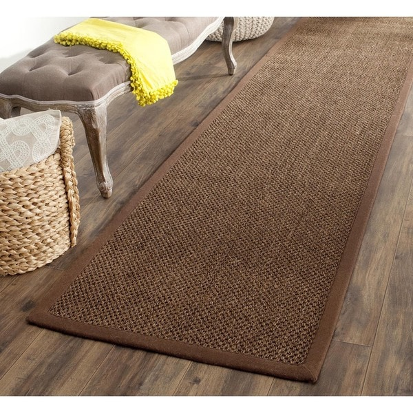Safavieh Casual Natural Fiber Hand-Woven Resorts Brown Fine Sisal Runner (2'6 x 6')