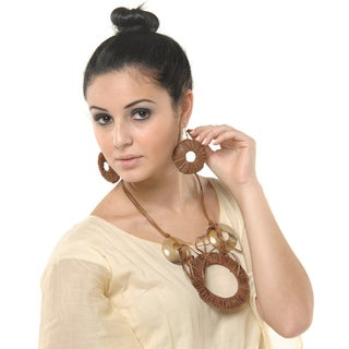 Handmade Eco Friendly Lightweight Leather and Horn Necklace and Earring Set (India)