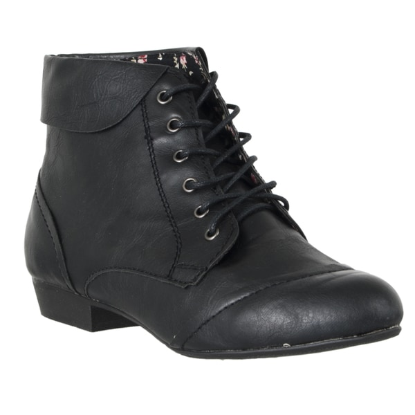 Riverberry Women's 'Picnic' Black Lace-up Flat Booties