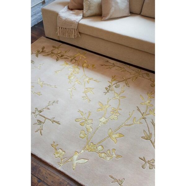 Hand-tufted Arapaima Beige Wool/ Viscose Area Rug (5' x 8')