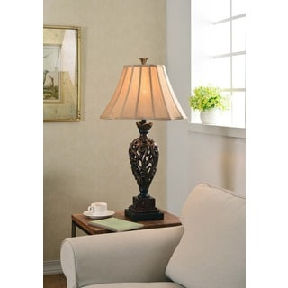 Vetaio Table Lamp