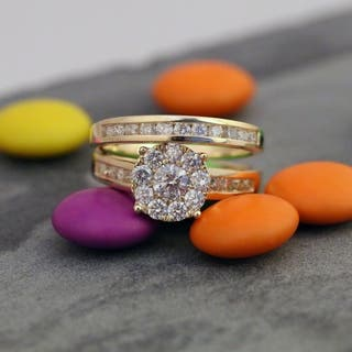 De Couer 10k Gold 1 1/2ct TDW Diamond Engagement Ring Set|https://ak1.ostkcdn.com/images/products/7583023/P15009848.jpg?impolicy=medium