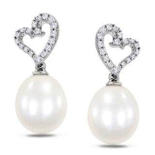 Miadora 10k White Gold Cultured Freshwater Pearl and 1/4ct TDW Diamond Earrings (H-I, I2-I3)