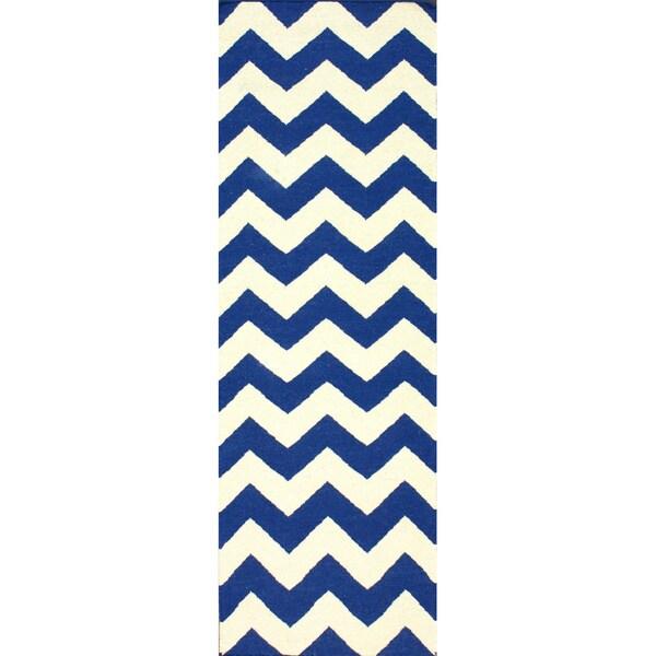 nuLOOM Handmade Flatweave Chevron Wool Runner - 2'6 x 8'