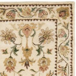 Safavieh Handmade Eden Ivory Hand-spun Wool Rug (2'3 x 10') - Thumbnail 1