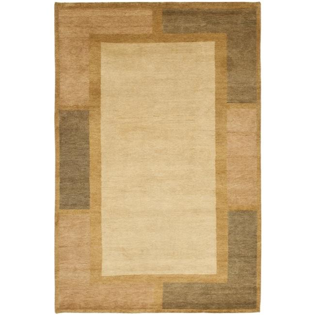 Safavieh Hand-knotted Gabeh Blocks Beige Wool Rug (3' x 5')