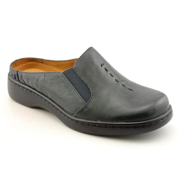 Auditions Women's 'Harmony' Leather Dress Shoes - Narrow (Size 9.5)