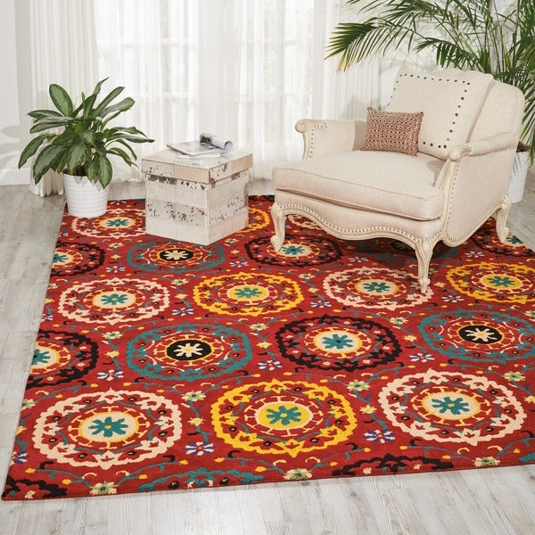 Hand-tufted Suzani Red Medallion Wool Rug (5'3 x 7'5) - 5'3 x 7'5