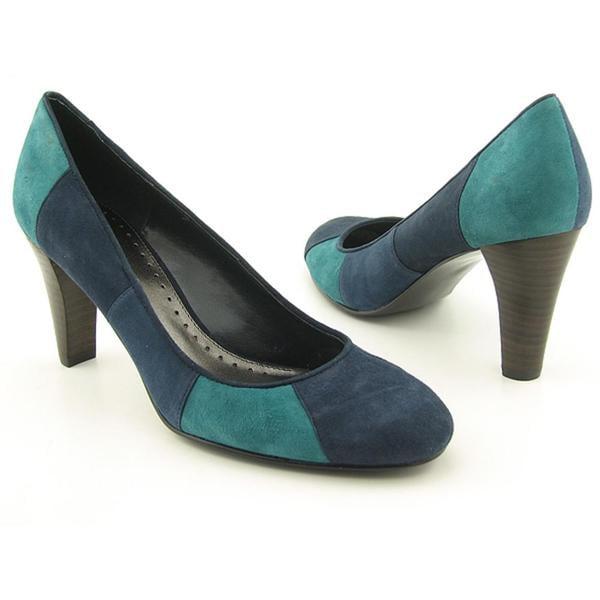 Bandolino Women's 'Pammy' Regular Suede Dress Shoes (Size 8.5)