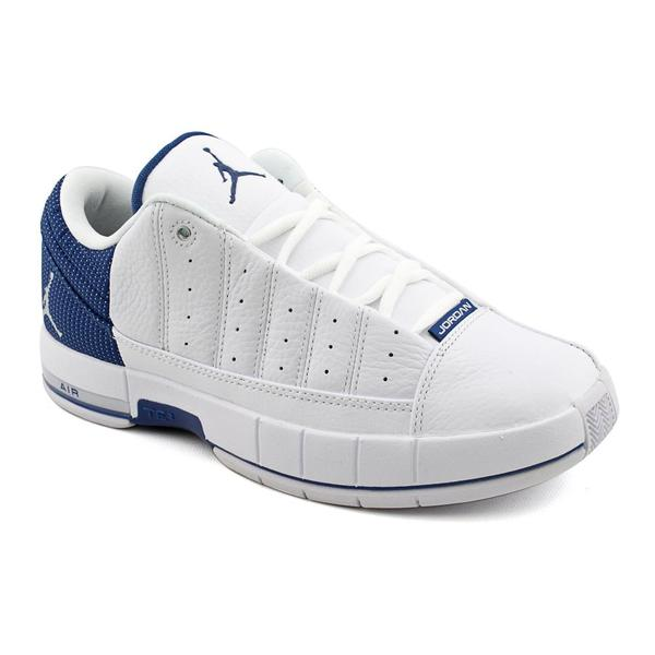 new concept 488ea 4496a Shop Nike Men's 'Jordan TE II Advance' Leather Athletic Shoe ...