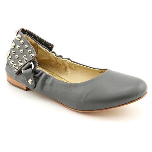 Be & D Women's 'Joe' Leather Casual Shoes