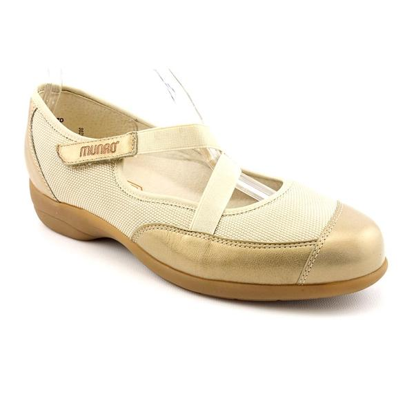 Munro American Women's 'Angie' Synthetic Casual Shoes - Extra Narrow (Size 8.5)