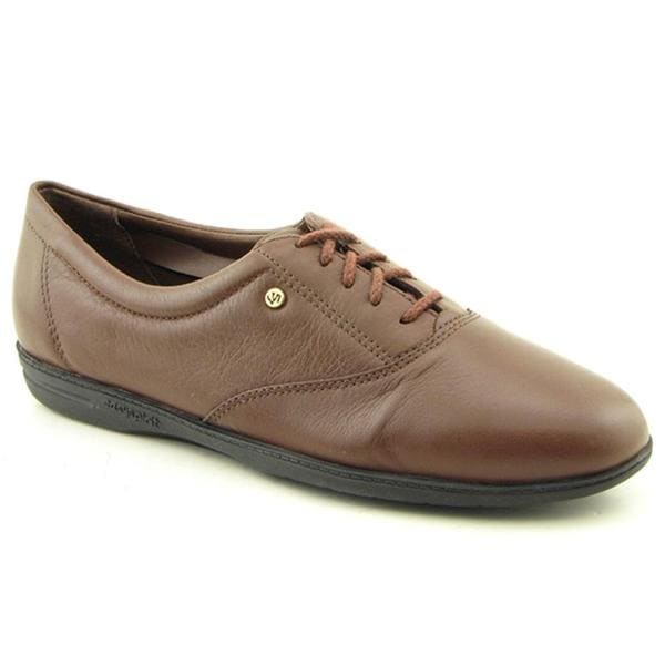 Easy Spirit Women S Motion Leather Casual Shoes