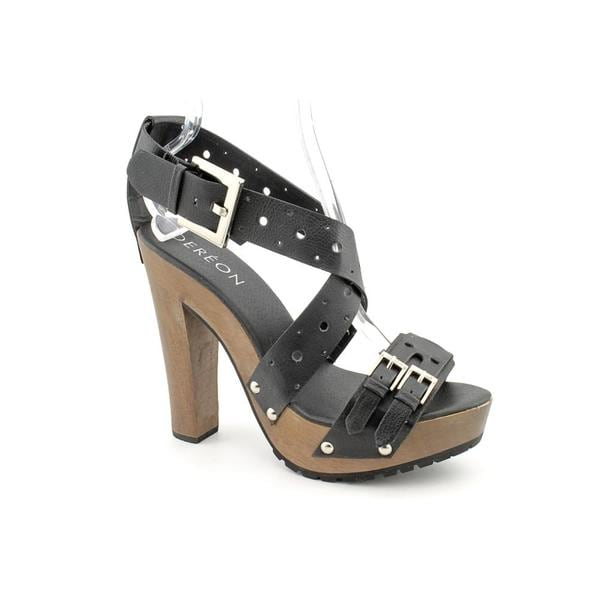 Dereon Women's 'Heritage' Faux Leather Sandals (Size 8.5)